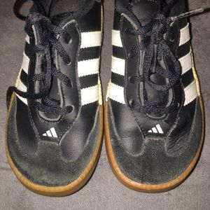 Adidas toddler shoes
